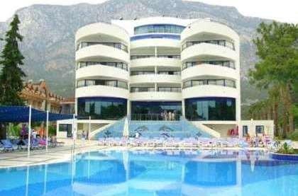 отель Catamaran Resort Hotel