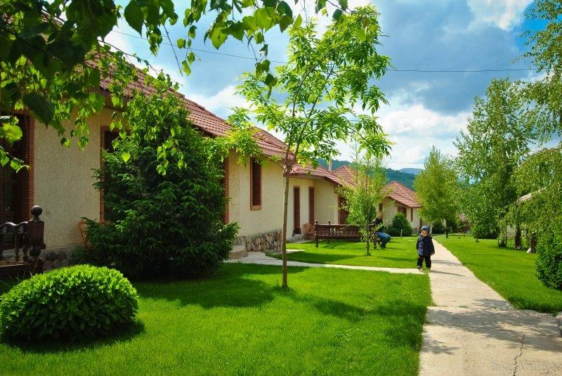 skaj 4 - Sky village