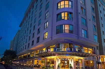отель Titanic City