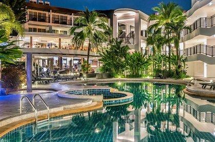 отель Novotel Phuket Karon Beach Resort and Spa