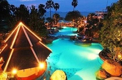 Отели тайланда Long-Beach-Garden-Hotel