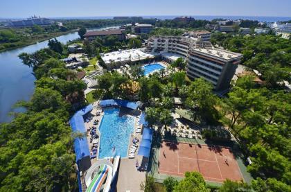Отель Linda Resort Hotel
