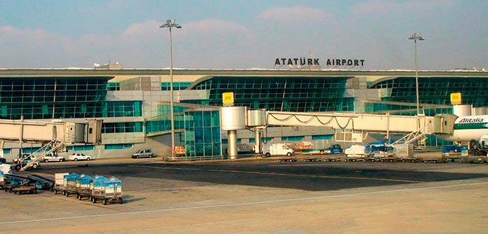 ataturk airport - Стамбул. Краткое пособие для начинающих путешественников.
