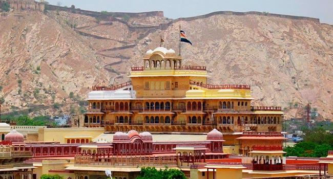 Gorodskoy dvorets Magaradzhi v Dzhaypure - Джайпур
