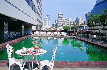 отель Royal Benja Hotel