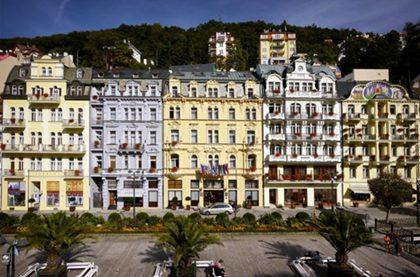 hotel 14f3b38513a 420x277 - Aqua Marina