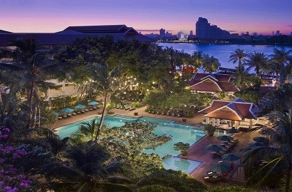 отель Anantara Bangkok Riverside Resort and Spa