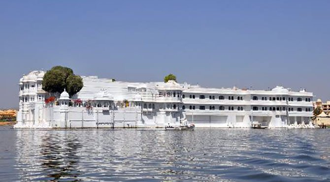 lake palace udaipur - Удайпур