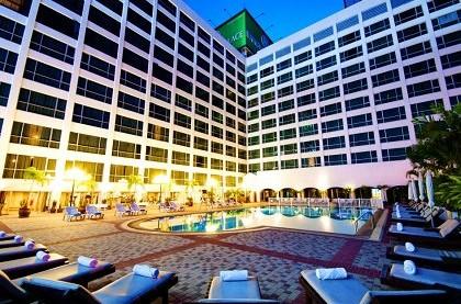 отель Bangkok Palace