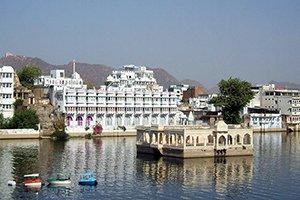 Udaipur m - Города Индии