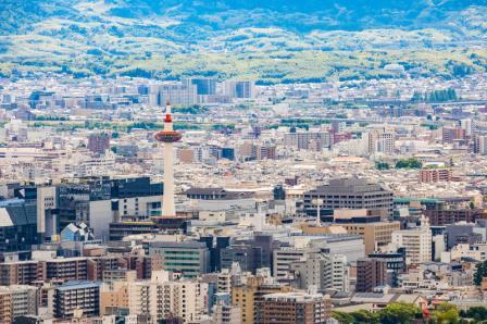 vi na goro kioto stantsiya kioto bashnya kioto kioto yaponiya 93266354 - Киото