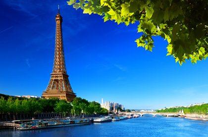 dostoprimechatelnosti francii 5 420x277 - Туристические потоки вновь захлестнут Францию