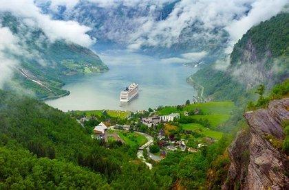 Risunok25 croped 1 - Новинка! Норвегия: Магия Фьордов