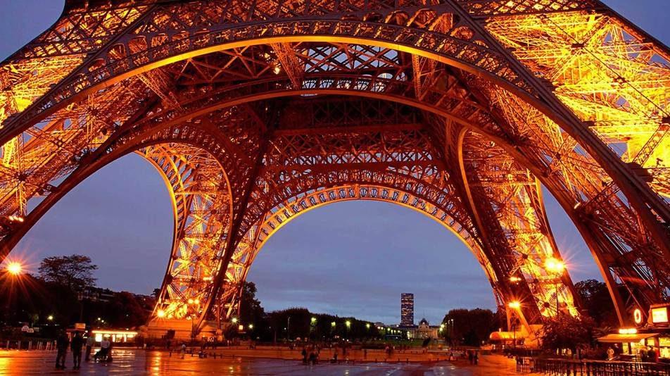 Risunok15 e1518160487319 - НОВИНКА!  ФРАНЦИЯ: «ПАРИЖ -LIGHT»