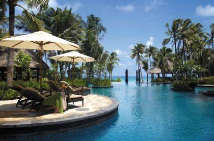 swimming pool 1 420x277 - Лучшие санатории по доступным ценам