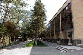 Армения: Санаторий «Арзни»
