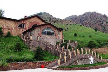 Турбаза Янгиабад. Зоны отдыха в Узбекистане