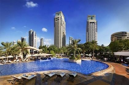Отель Habtoor Grand Beach Resort and Spa