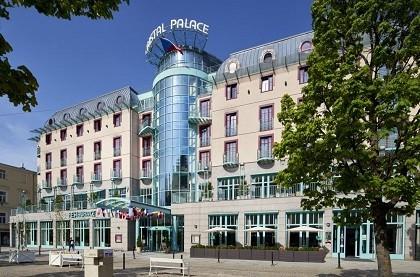 Отель Orea Spa Hotel Cristal