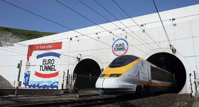 Въезд в тоннель под Ла-Маншем