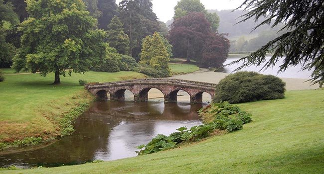 Не смотря на частые дожди, в Англии мягкий климат.