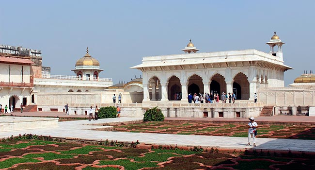 7233739-Visit_the_Agra_Fort_Agra